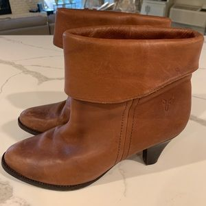 Frye Foldover Leather Heel Booties Size 8.5